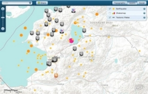 GIS technology from Esri allows NYU communitymembers to create maps using diverse data sets.This map of the October 2011 earthquake in Turkey displaysnear-real-time data from social media sites YouTube,Twitter, and Flickr.