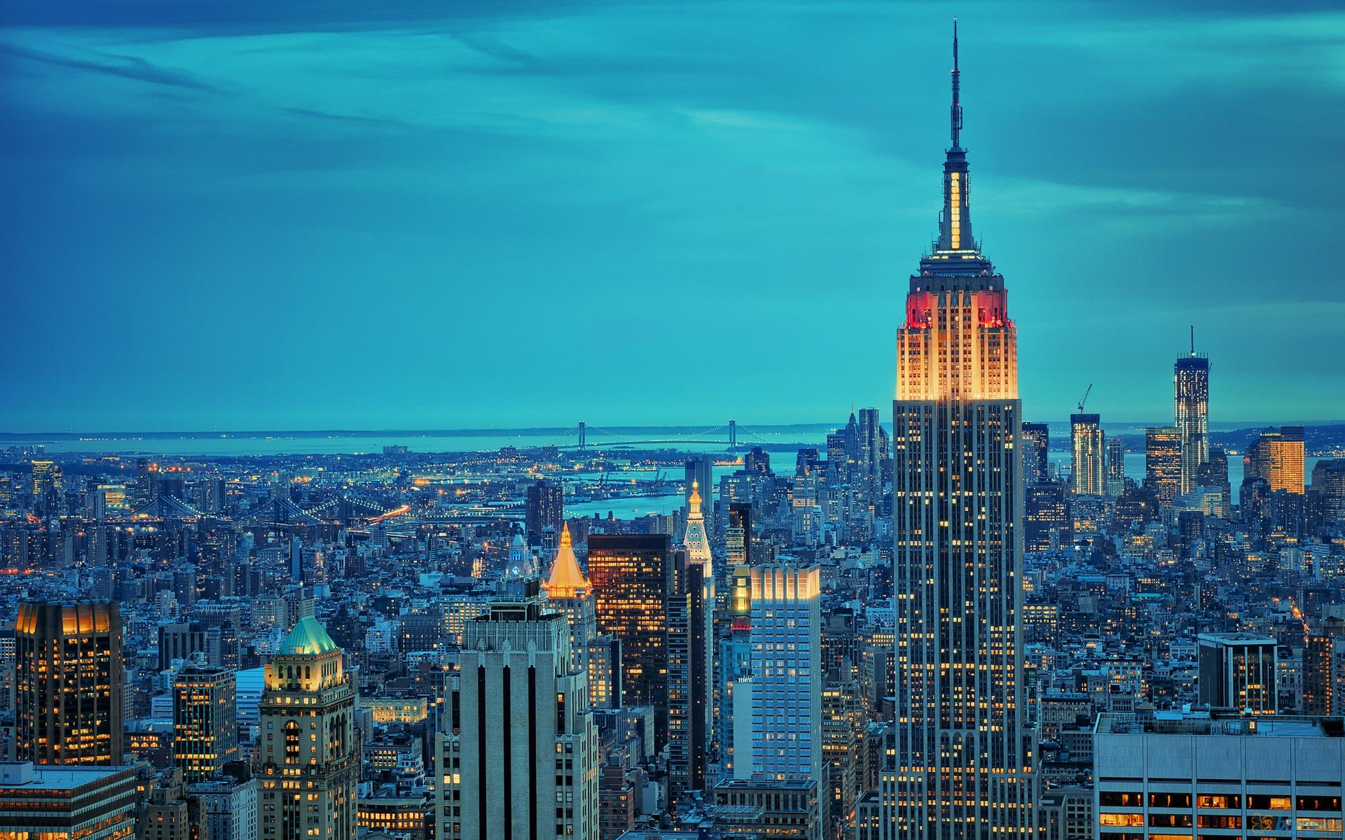 empire_state_building_in_twilights